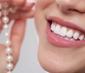 Look and feel your best with dental teeth bleaching from your Scarborough dentist